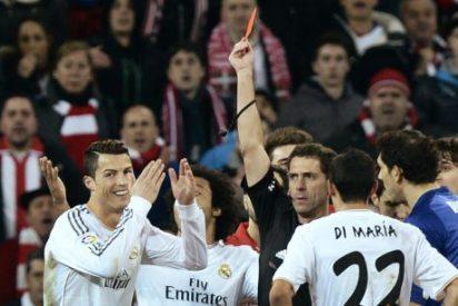 Indignación en el Real Madrid por la 'chapuza' de Ayza Gámez con Cristiano Ronaldo
