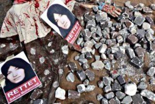 Una joven siria es condenada a morir lapidada por tener una cuenta en Facebook