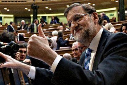 Rajoy se aferra a la macroeconomía y Rubalcaba ve una oportunidad de quedarse