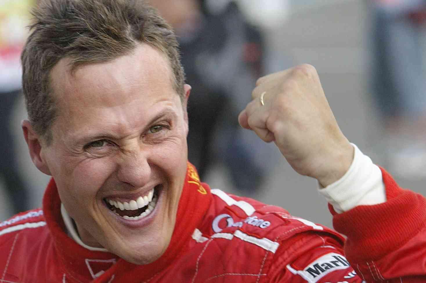 Michael Schumacher deja atrás la grave neumonía que le complicaba más la vida