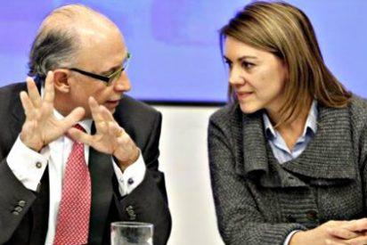 María Dolores Cospedal presiona a Montoro para conseguir fondos y pagar a los ayuntamientos