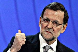 Mariano Rajoy arenga al PP con una 'mano de palos' al socialista Rubalcaba