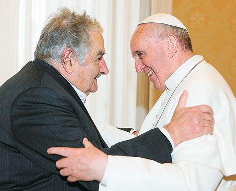"""Mújica: """"El Papa está planteando una revolución de ideas"""""""