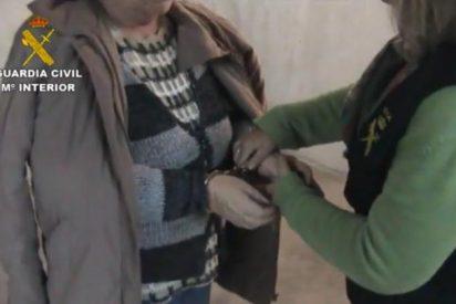 [Vídeo] La detención de la mujer que degolló a una vendedora de oro en Rincón de la Victoria
