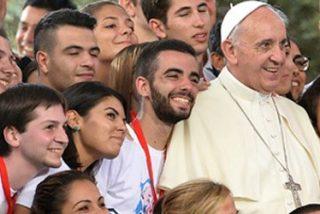 """Francisco: """"La evangelización, en nuestro tiempo, sólo será posible por medio del contagio de la alegría"""""""