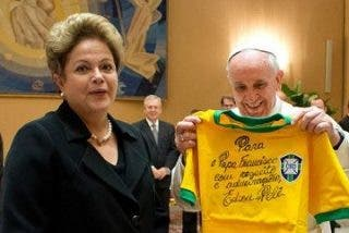 Dilma invita al Papa al Mundial de Brasil