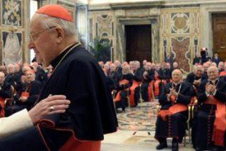 """Francisco pide a los cardenales una pastoral familiar """"inteligente, valiente y llena de amor"""""""