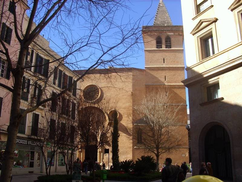 Un grupo proabortista interrumpe la misa en una iglesia de Palma
