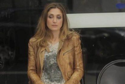 Julie Gayet, la amante de Hollande, reaparece en plan pánfilo en un vídeo musical