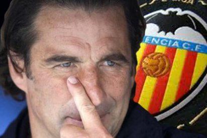 El Valencia cuela a un 'espía' en el avión del Dinamo