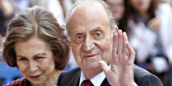 El Rey Juan Carlos asigna sueldo a la Reina y a la Princesa por primera vez