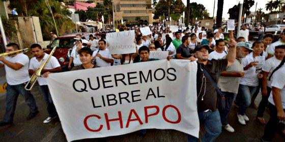Marcha popular en Sinaloa exigiendo la liberación del capo narco 'Chapo' Guzmán