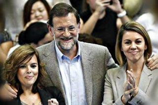 La pugna perpetua entre Cospedal y Soraya, las dos mujeres fuertes del PP