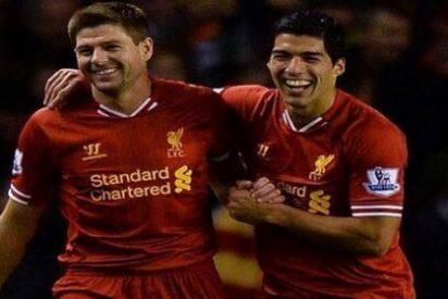 Gerrard paró la salida de Luis Suárez