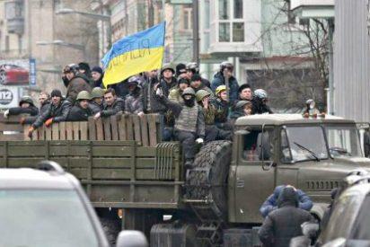 La oposición da por 'desaparecidos' al presidente Yanukóvich y a su ministro de Interior