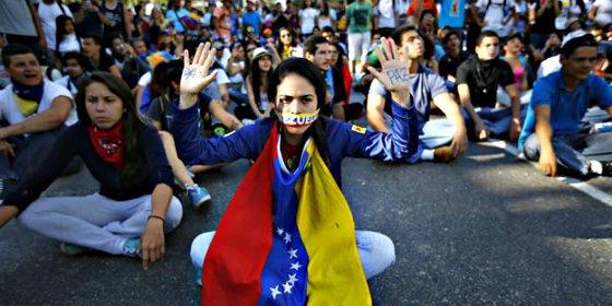 El chavista Maduro desata una brutal persecución política en Venezuela para intentar sofocar las protestas