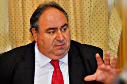 Vicente Tirado estrena la nueva web 'gratuita' de las Cortes de Castilla-La Mancha