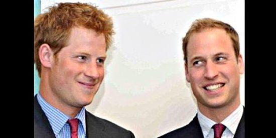 Los príncipes Guillermo y Enrique de Inglaterra se lían a tiros en Ciudad Real