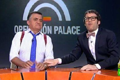 Consoladores, chistes malos y caras desencajadas: el decepcionante debut de Joaquín Reyes en 'El Intermedio'