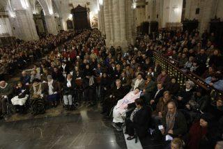 """El """"efecto Francisco"""" también llena las iglesias españolas"""