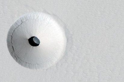Una misteriosa puerta circular en una caverna de Marte siembra de inquietud a la NASA