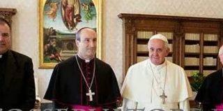 """Barrio invita al Papa Francisco a """"hacerse peregrino jacobeo"""""""