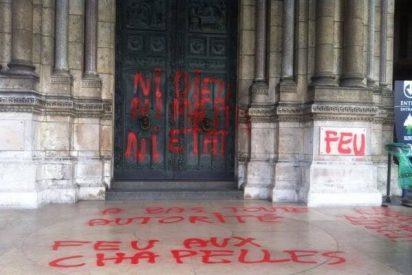 Profanan la basílica del Sagrado Corazón de París