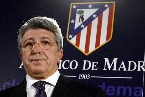 El presidente del Atlético de Madrid ironiza sobre el posible robo