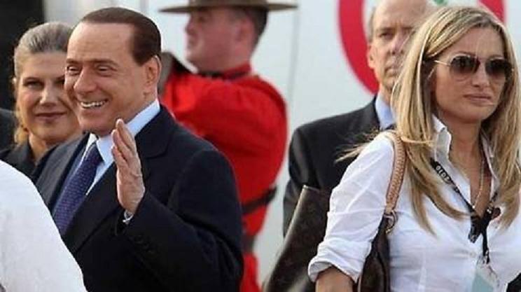 La exsecretaria de Berlusconi, 'la dama blanca', hace honor a su nombre al ser detenida con 24 kilos de cocaína