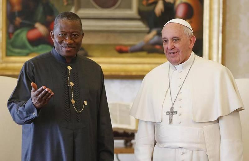 El Papa recibe al presidente de Nigeria