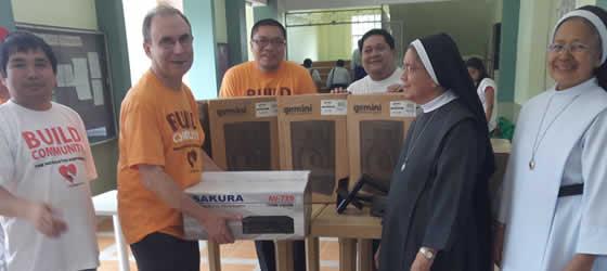 """Agustinos recoletos se desplazan a Leyte para """"construir comunidad"""""""