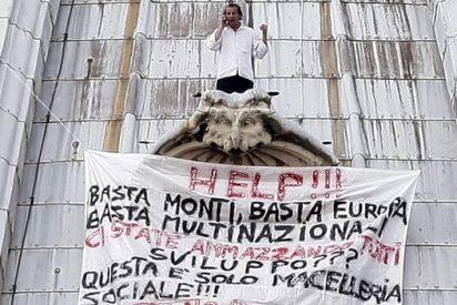 Un empresario vuelve a encaramarse en la cúpula de San Pedro