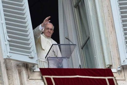 """Papa: """"Cuidado con Satanás y con los atajos del poder"""""""