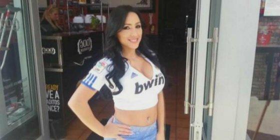 'El Chiringuito' presume en Twitter del escote de su nueva becaria