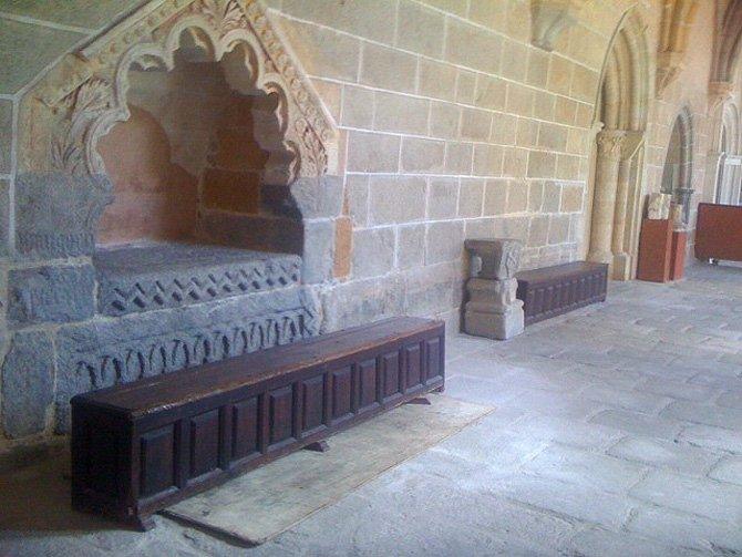 El sepulcro de Suárez en la catedral de Ávila