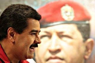 Si Chávez levantase la cabeza... ¡Maduro nació en Colombia y no tiene derecho a presidir Venezuela!