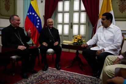 Maduro aceptaría la mediación de Parolin en el diálogo con la oposición