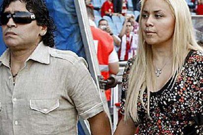 ¡Maradona denuncia a su novia!
