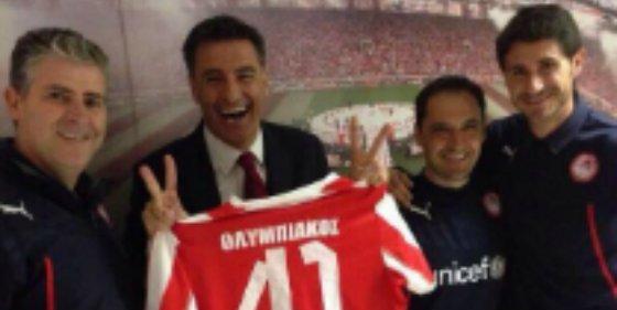 Míchel saca pecho en Twitter tras ganar la liga con el Olympiacos