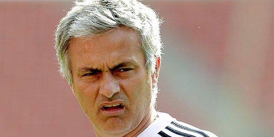 """José Mourinho: """"Los jugadores del Real Madrid hacían cola delante del espejo"""""""
