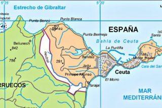 Más de 1.500 inmigrantes subsaharianos se lanzan en masa al asalto de la valla de Ceuta