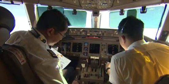 ¿Qué misteriosa mano desactivó los sistemas de comunicación del avión de Malaysia Airlines?