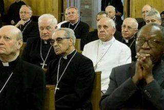 La Curia paga de su bolsillo la estancia en los ejercicios con el Papa