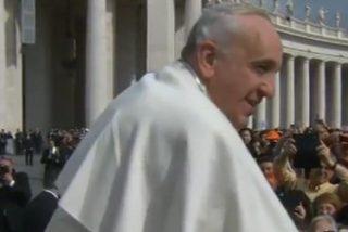 """Francisco: """"Felicito de corazon a todos los papás, tanto a los vivos como a los difuntos"""""""