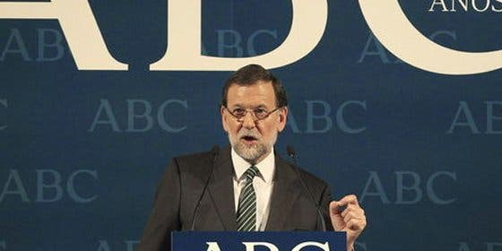 'Juego de tronos' en la prensa de derecha: Rajoy pasa la mano por el lomo a ABC