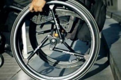 Una compañía israelí inventa una silla de ruedas capaz de bajar escaleras