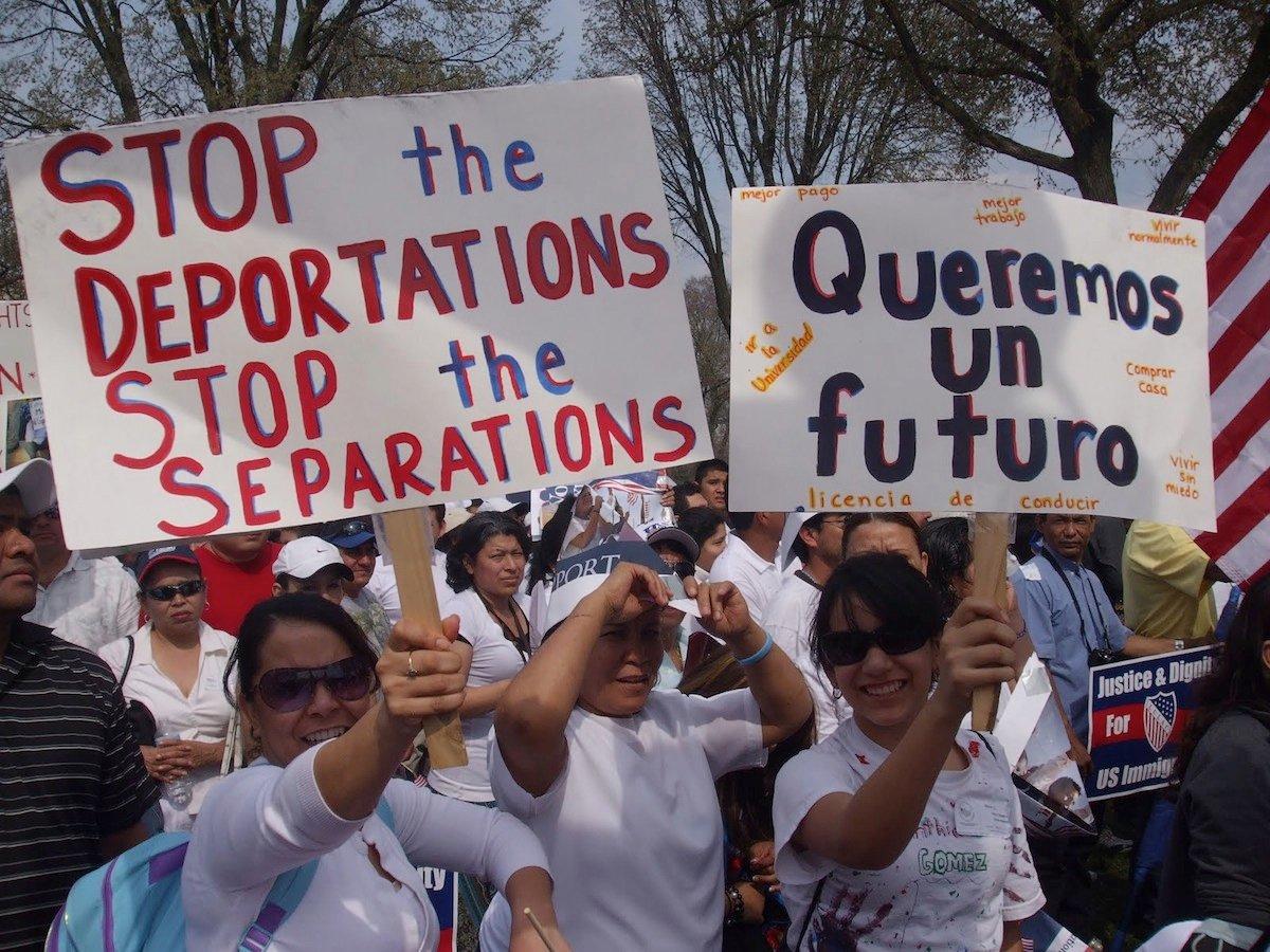 Inmigrantes latinos en USA van a pedir al Papa que detenga las deportaciones
