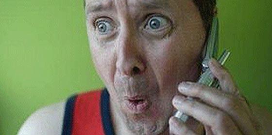 La gran pregunta sobre Internet y móvil que nos cruza los cables: ¿Es más barato junto o por separado?