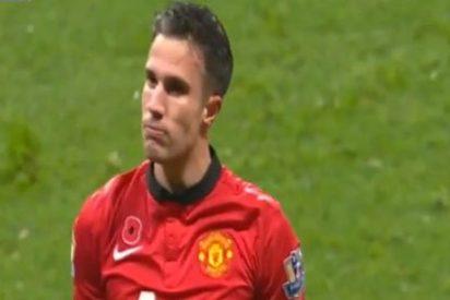 Van Persie podría marcharse gratis del Manchester