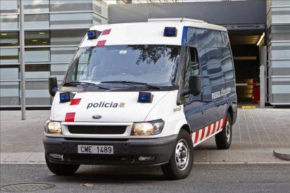 Muere un hombre en Barcelona tras ser esposado por los Mossos